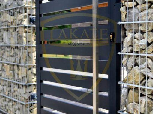 Gabiony w połączeniu z aluminiową bramą i furtką to nowoczesne ogrodzenie w Rybniku woj. Śląskie.