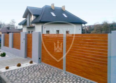 Ogrodzenie aluminiowe w odcieniu złotego dębu Sosnowice