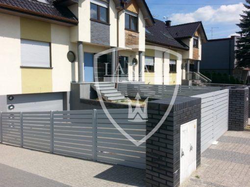 Ogrodzenie aluminiowe skośne, brama dwuskrzydłowa