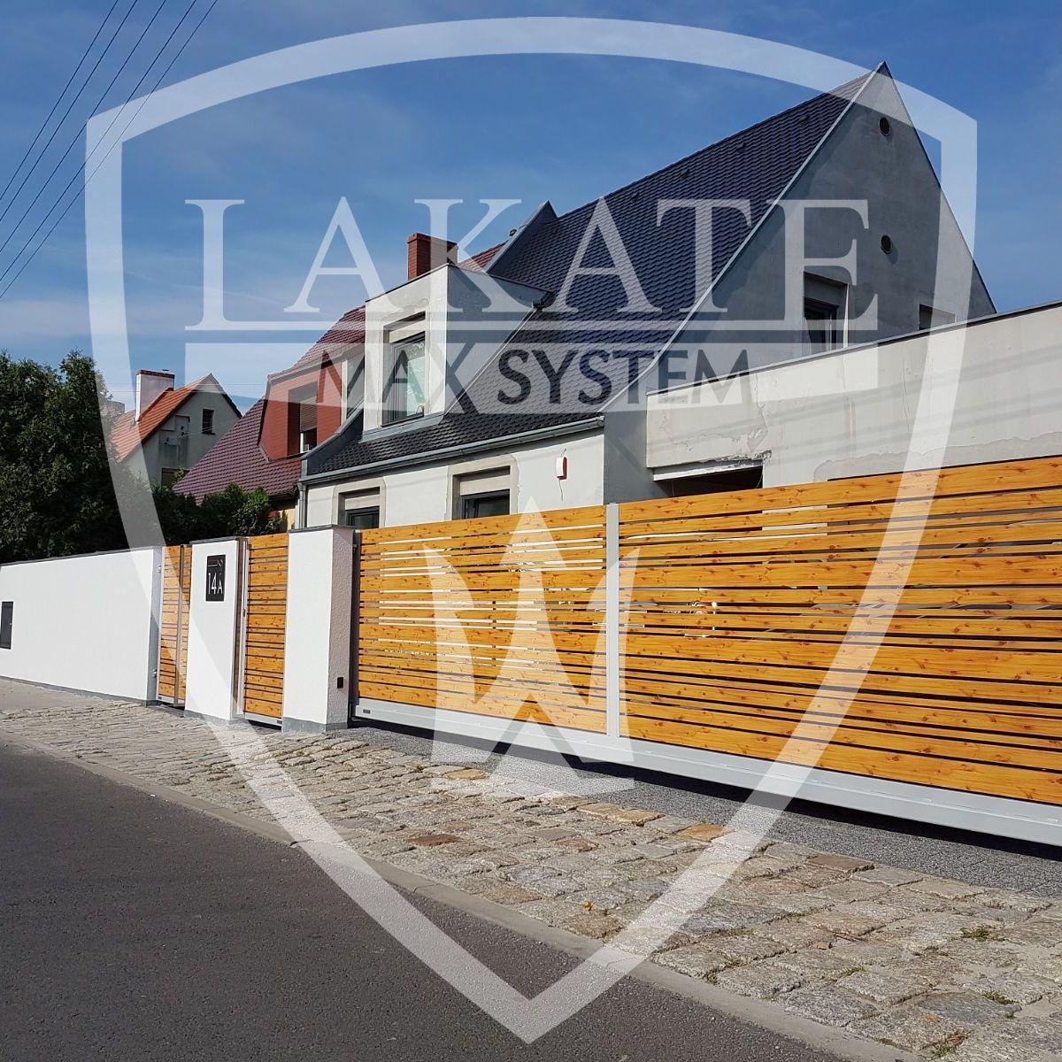 nowoczesne ogrodzenie drewniane