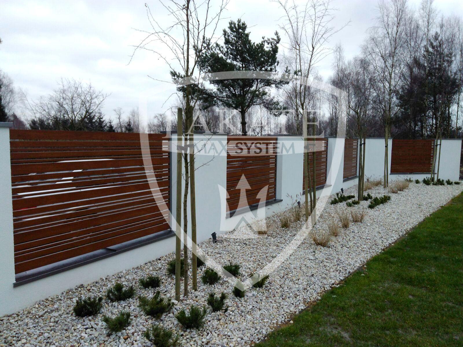 nowoczesne-domy-inspiracja-ogrodzenia-lakate