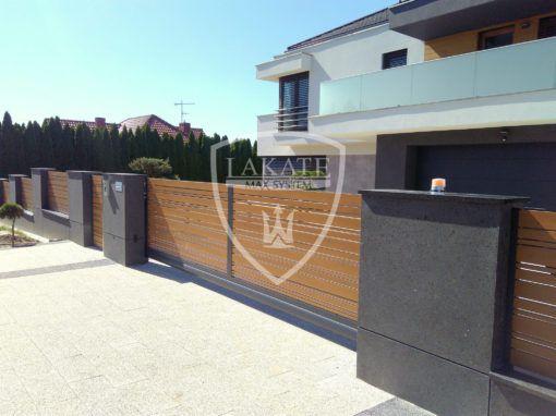 aluminiowa brama przesuwna charakteryzuje się lekką konstrukcją, wysoką jakością, pięknym designem