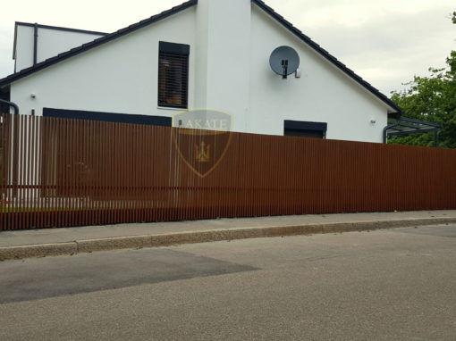 Nowoczesne ogrodzenie pionowe