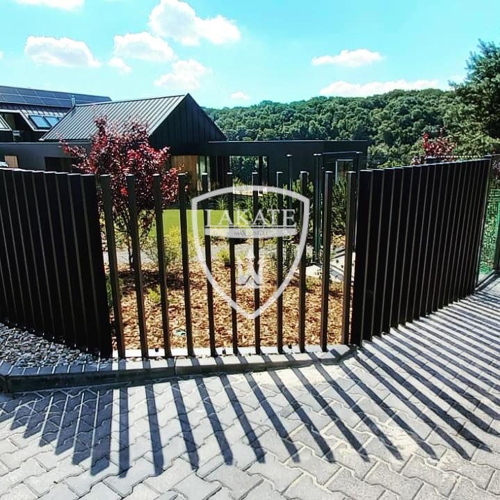 nowoczesne-ogrodzenia-warszawa-lakate